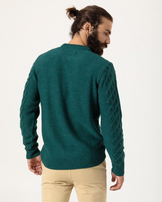 Chunky knitted pullover