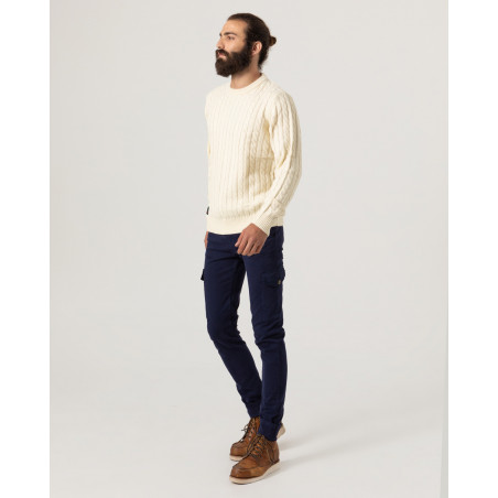 Chunky knit pullover