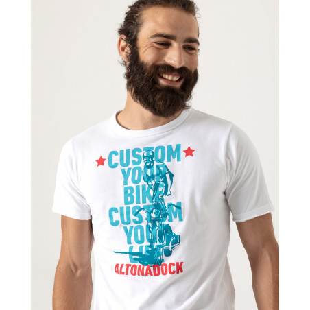 """Short sleeve t-shirt with front drawing """"Custom your bike""""."""